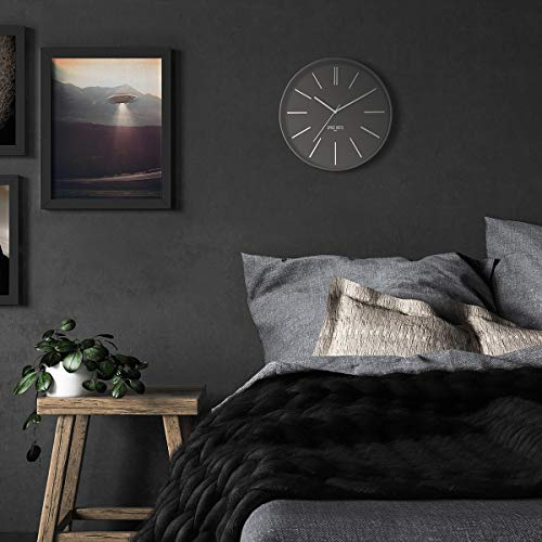 Silent Sweep Round Wall Clock